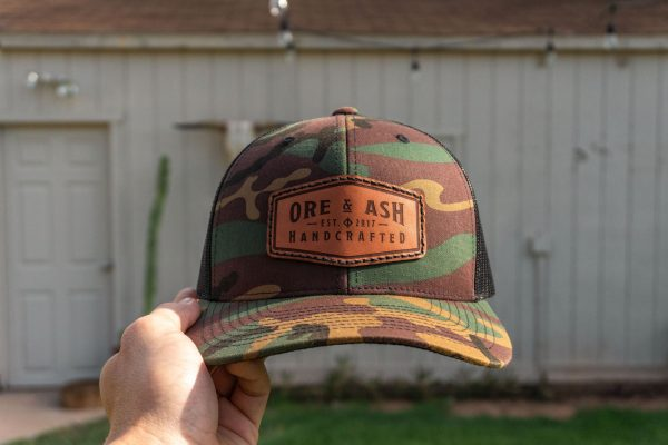 Ore & Ash como colored hat