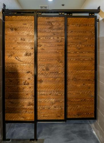 Cascading Barn Door